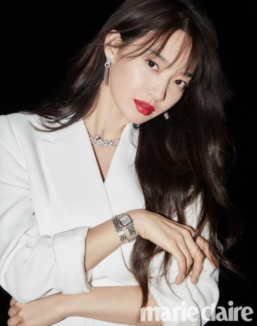 """""""이 구역, 분위기 깡패"""" 신민아, 강렬한 매혹美 _이미지2"""