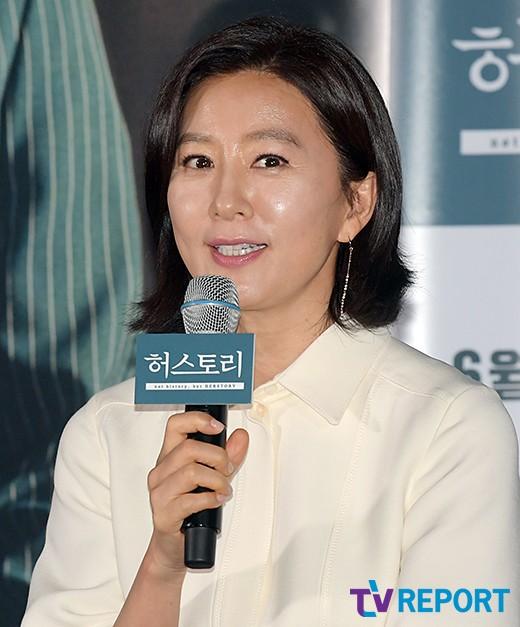 """'허스토리' 김희애 """"일본어보다 부산사투리가 더 어려웠다"""""""