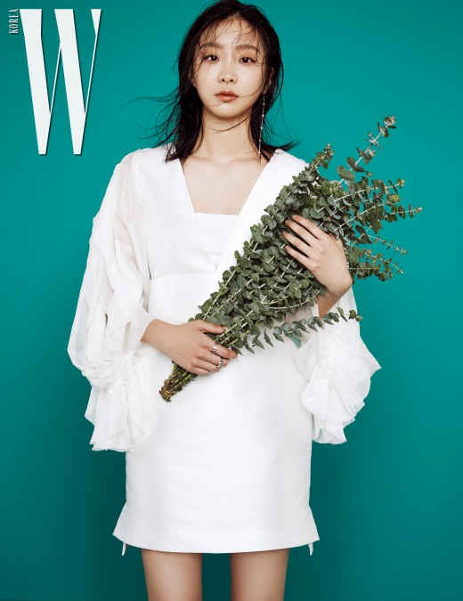 '마녀' 김다미, 이토록 신비로운 신예_이미지