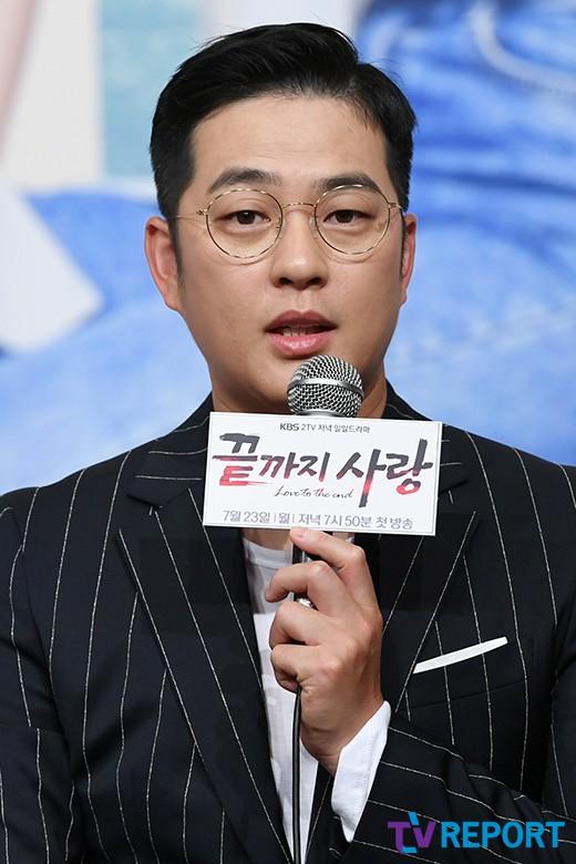 """박광현 """"열심히 촬영하고 있어요"""""""
