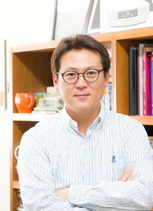 심리학과 교수 출신 방송인 김경일이 전하는 부부소통법_이미지