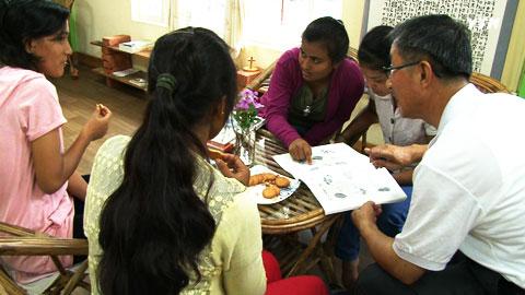 네팔인들과 함께하는 여생