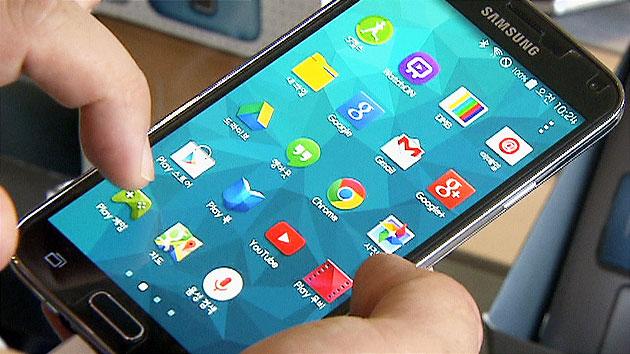 삼성 스마트폰 불안한 1위...중국업체와 대격돌 예고