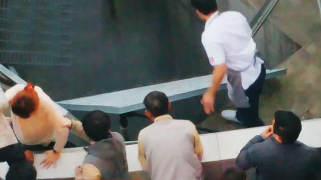 공연 중 환풍구 폭삭...16명 사망·11명 부상