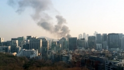 [제보영상] 도곡시장 불...주변 건물로 번져