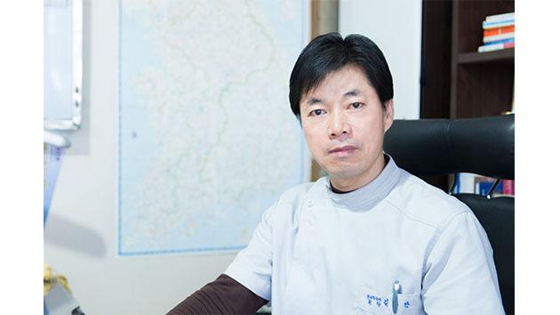 """[헬스플러스라이프] """"건강의 중심은 '골반'"""" 한의사 김규만"""