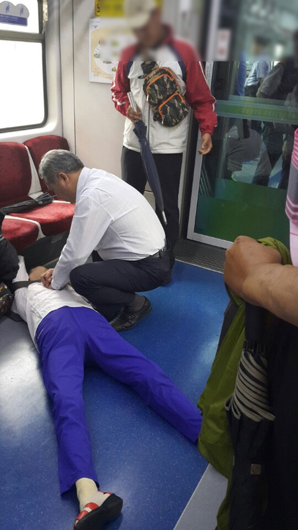 """""""할머니 살리고 사라진 4호선 의인을 찾습니다"""""""