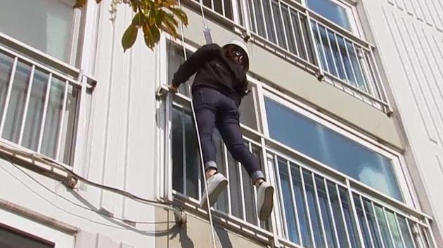 개그우먼 허민의 아파트 화재 탈출 실험기!