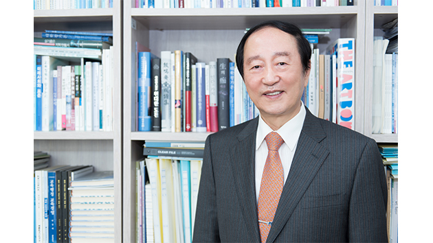 """[피플앤피플] """"특성화가 대학 살 길"""", 이현청 한양대 석좌교수"""