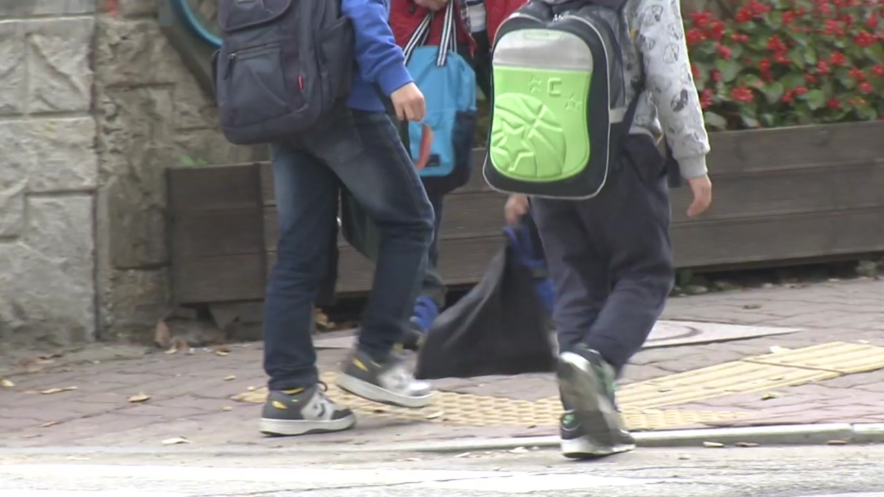 쏟아지는 아동학대 대책...필수 예산은 66억 삭감