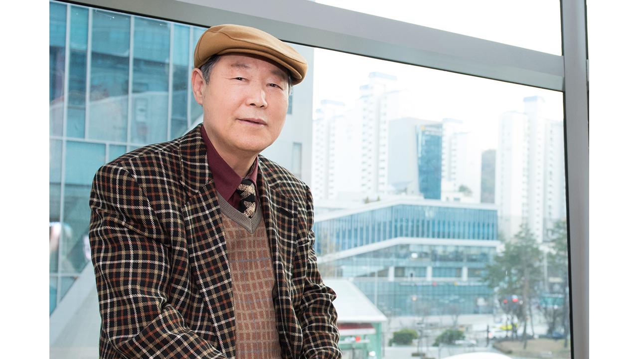 [피플앤피플]교육자 인생 77년, 삶의 기록을 책에 담다…박경수 경북대 영어교육과 명예교수