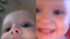 """""""나 잡아봐라"""" 스마트폰 들고 도망가는 아기"""