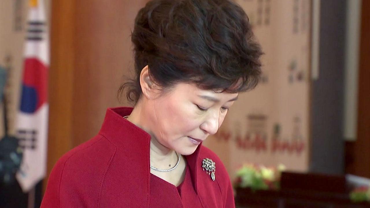 """특검 """"기간 연장 검토""""...탄핵 결정 뒤에도 수사?"""