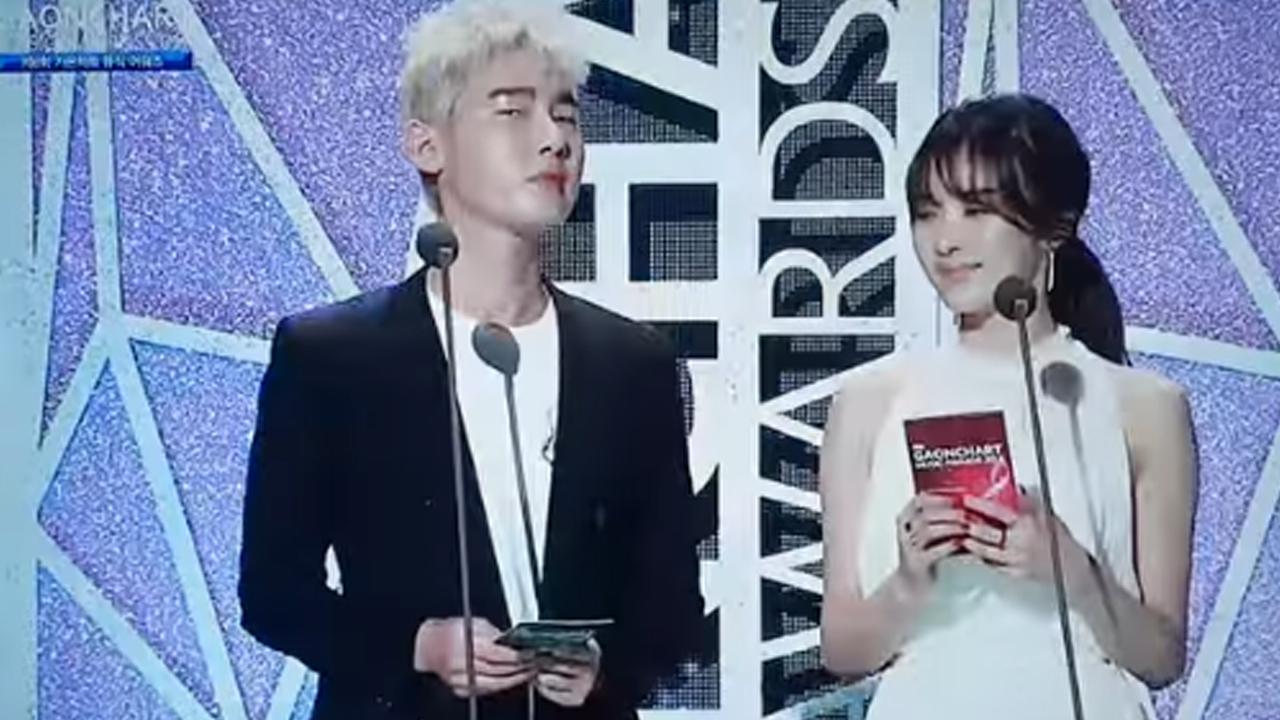 """허지웅 엑소 팬들 함성에 """"공황발작 올 것 같다"""" 말해 논란"""