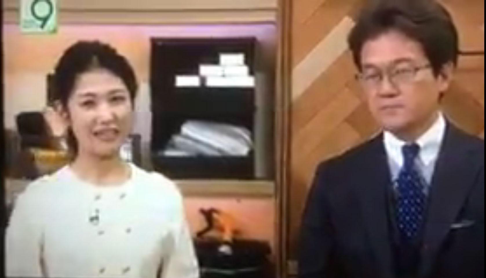 '유나이티드 승객' 끌려나간 영상에 웃는 일본 방송인들