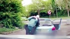[영상] '경적 울렸다고'...화 못 참은 운전자의 최후