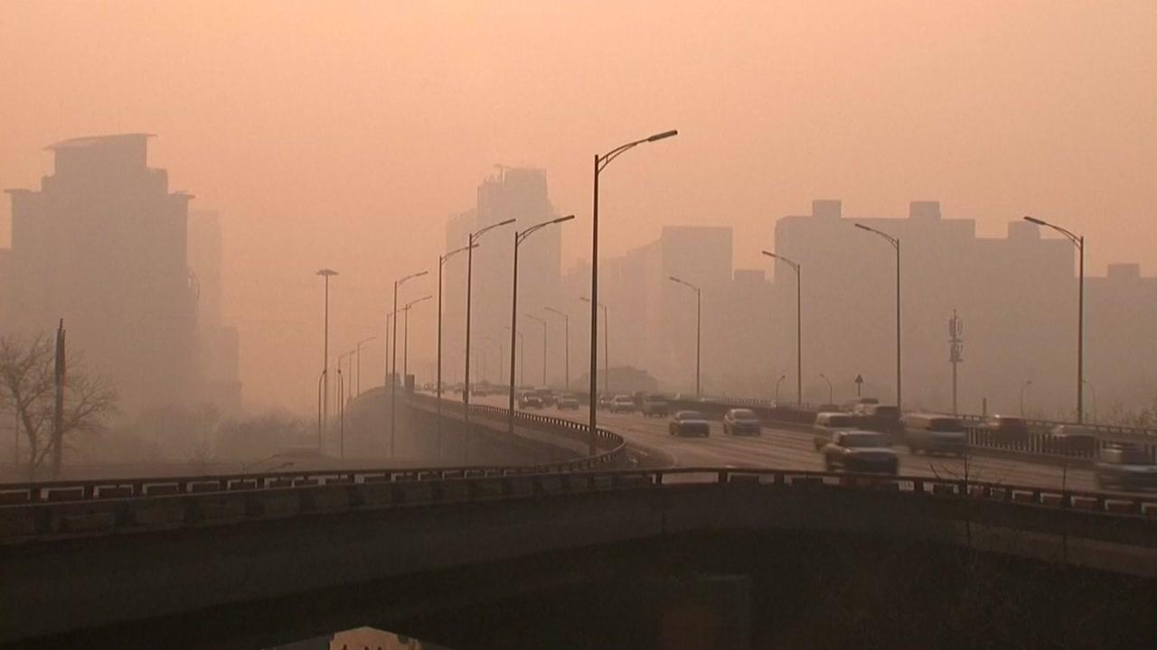 中 황사 폭풍 강타...모래 먼지 한반도로