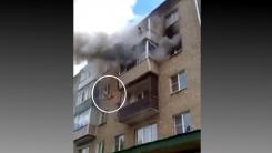 [영상] 화재 현장서 '밖으로 던진 아이' 받아낸 시민들