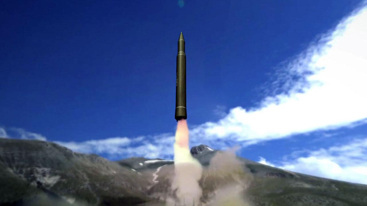 ICBM 쏘아올린 北, 6차 핵실험 나설까