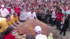 '무게 1톤'...세계에서 가장 큰 햄버거