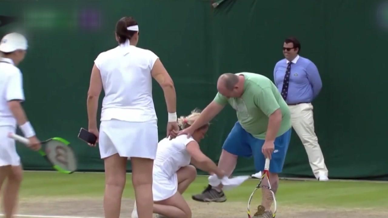 '직접 쳐보시든가'...테니스 코트에 불려 나온 관중