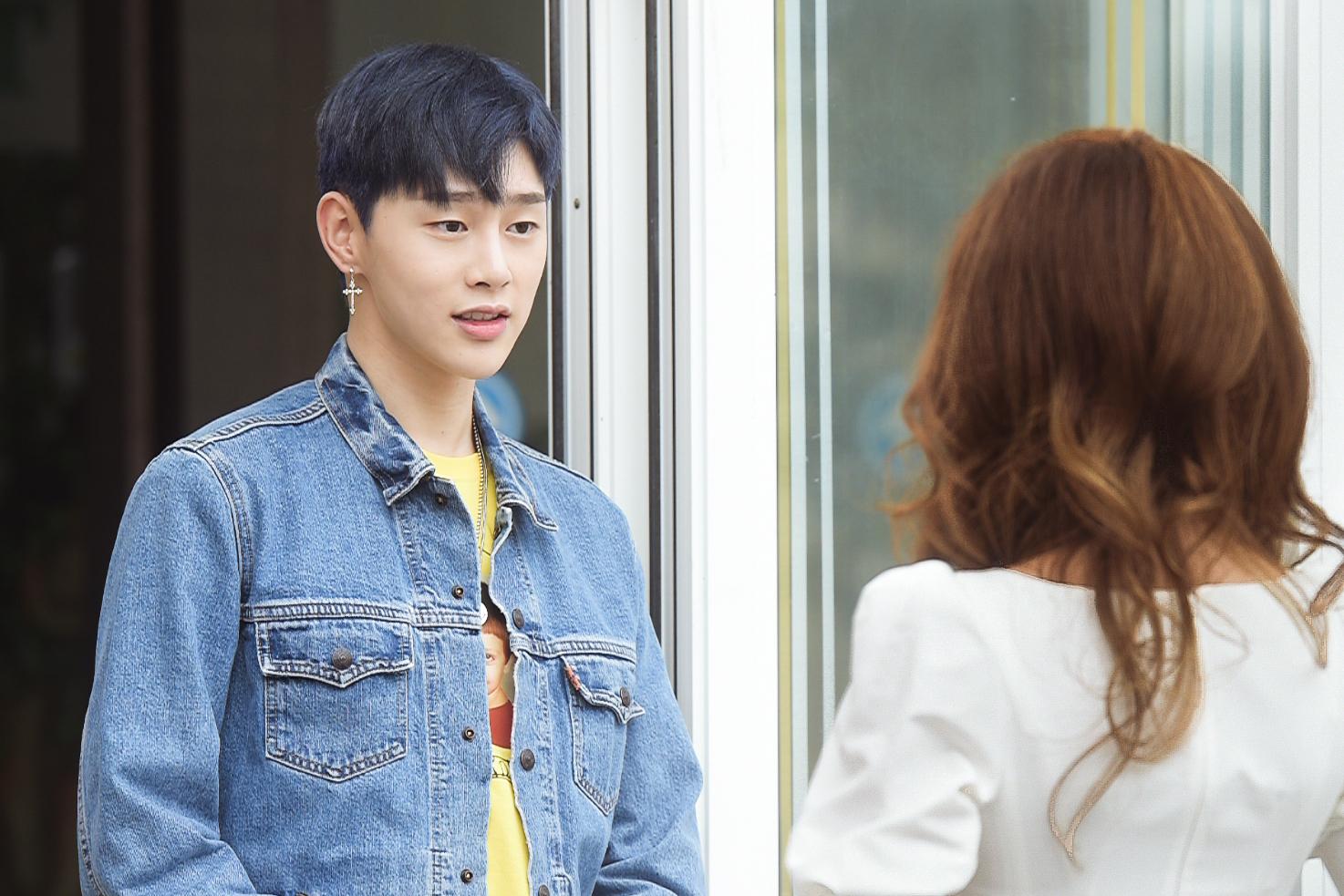 '보그맘' 권현빈, 스웩 넘치는 유치원 선생님으로 완벽 변신!