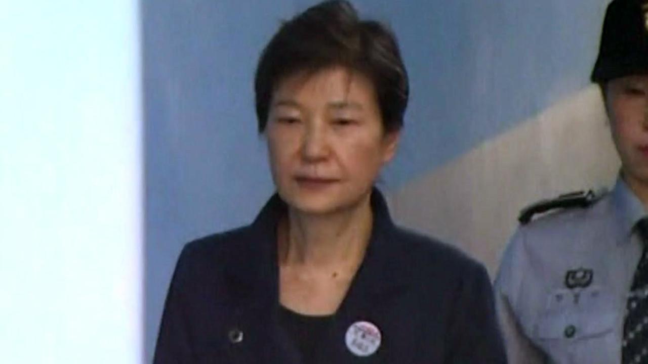 [취재N팩트] 朴의 '벼랑 끝 전술'...재판 파행 불가피