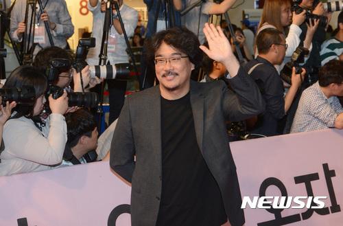 '옥자' 봉준호 감독, 디렉터스컷 어워즈 올해의 감독상 영예