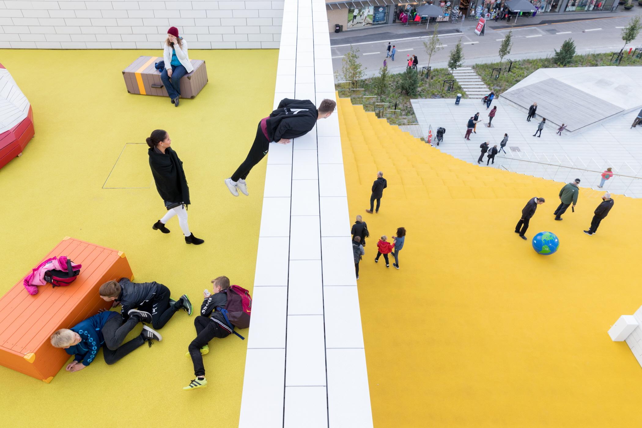 〔안정원의 디자인 칼럼〕 레고 문화의 발전적 미래상을 제시한 열린 공공 문화센터의 장 2
