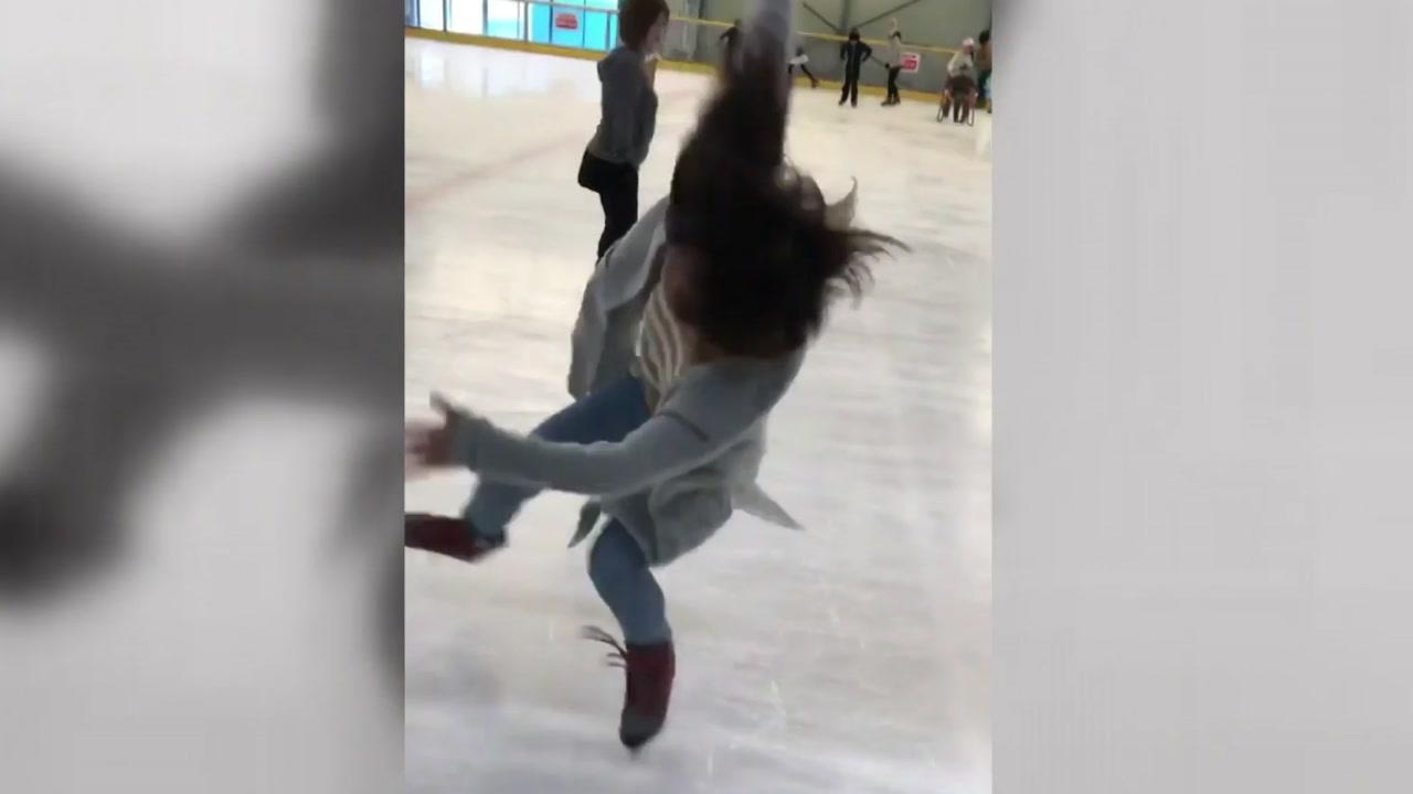 '잘 타지도 못하면서'...한 여성의 용감한 빙판 도전