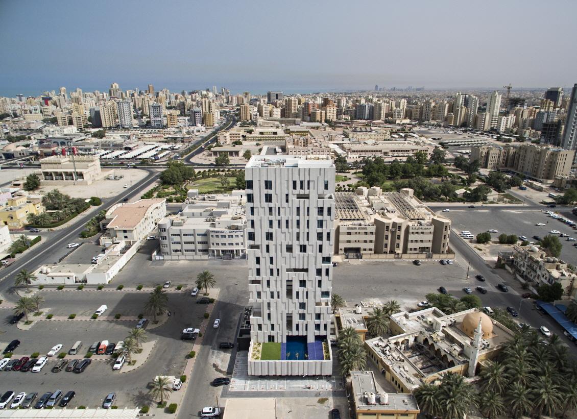 〔안정원의 건축 칼럼〕 수직적 보이드 중정과 기하학적인 매스 조합이 돋보이는 바람의 탑 2