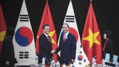 '동남아 외교' 강화...신남방정책 목표는?