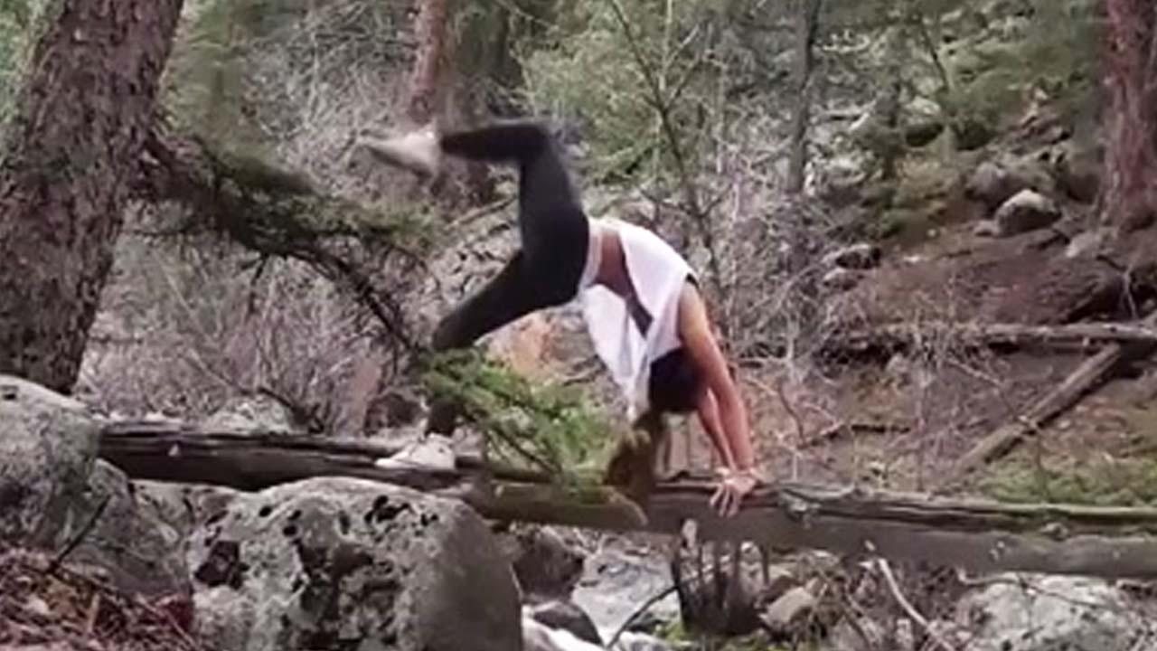 [영상] 외나무다리 위 아슬아슬 요가의 결말