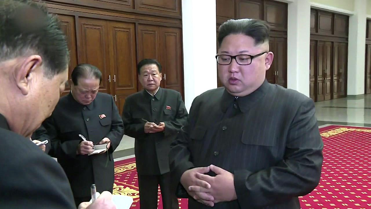 北 김정은 새해 첫 공개활동...경제 행보 시작?