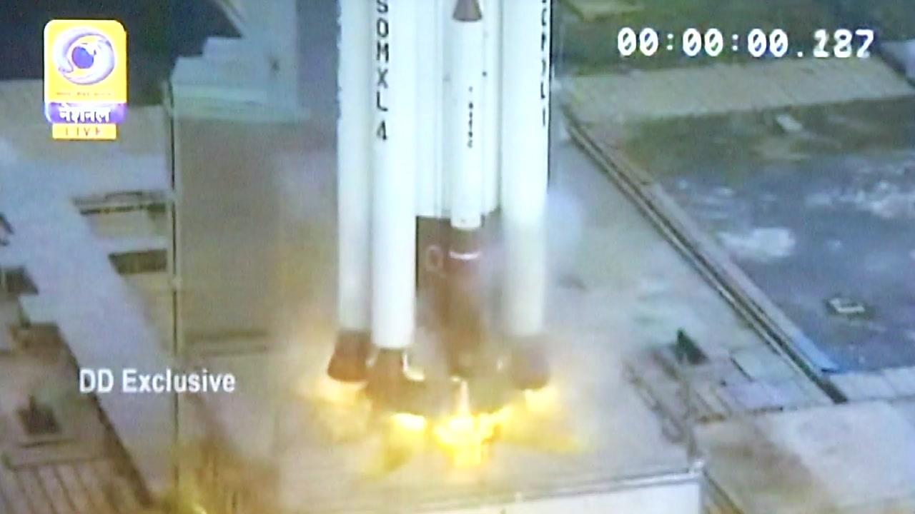 대학이 쏘아올린 초소형 큐브 위성...'맨땅에서 우주로'
