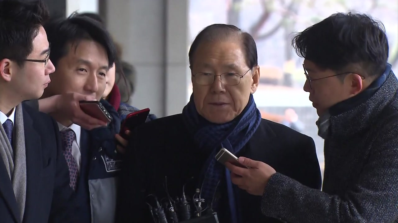 'MB 집사' 김백준 소환...국정원 자금 추궁