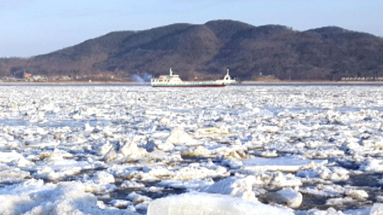 5년 만에 인천 앞바다 '유빙'...운항통제