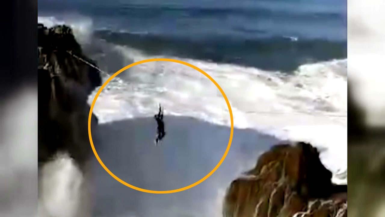 [지구촌생생영상] 수십 미터 파도 사이로 위태로운 줄타기