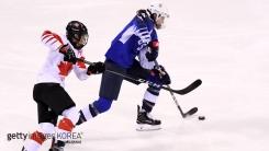 미국 여자 아이스하키 20년 만에 올림픽 금메달