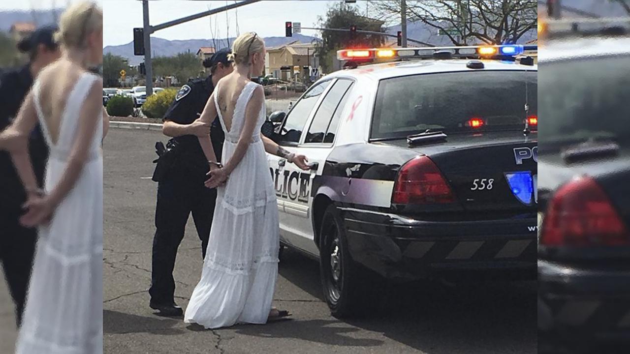 웨딩드레스 입고 결혼식장 향하던 신부, 경찰에 체포된 황당한 사연