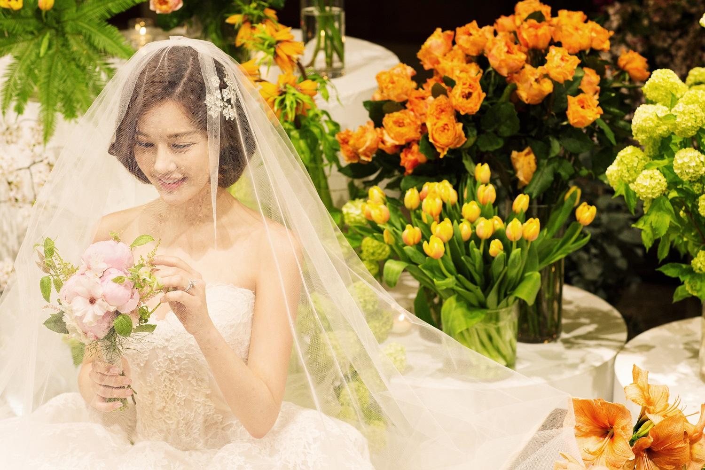 """'결혼' 박은지, 본식 사진 공개 """"축복 감사...예쁘게 살게요"""""""