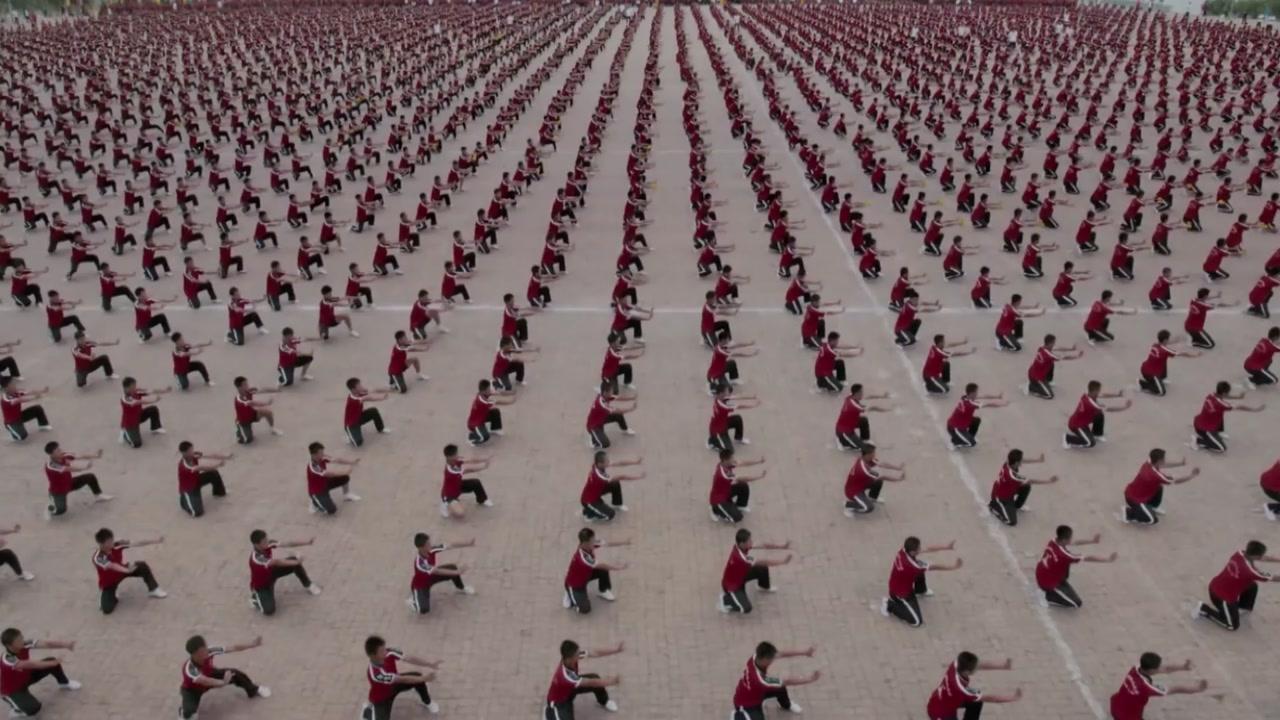 2만 6천 명이 '한 몸처럼'...소름 돋는 소림사 쿵후 군무