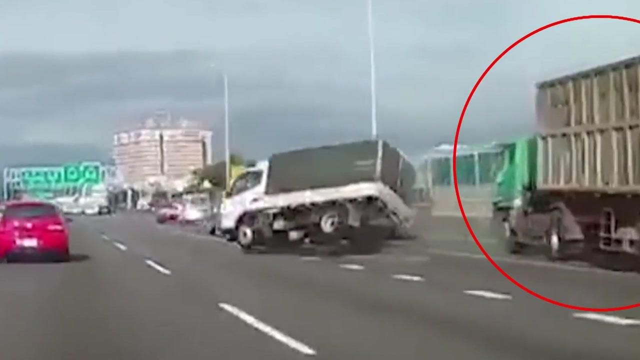 차선 가로지른 트럭, 사고 원인은 '추돌'