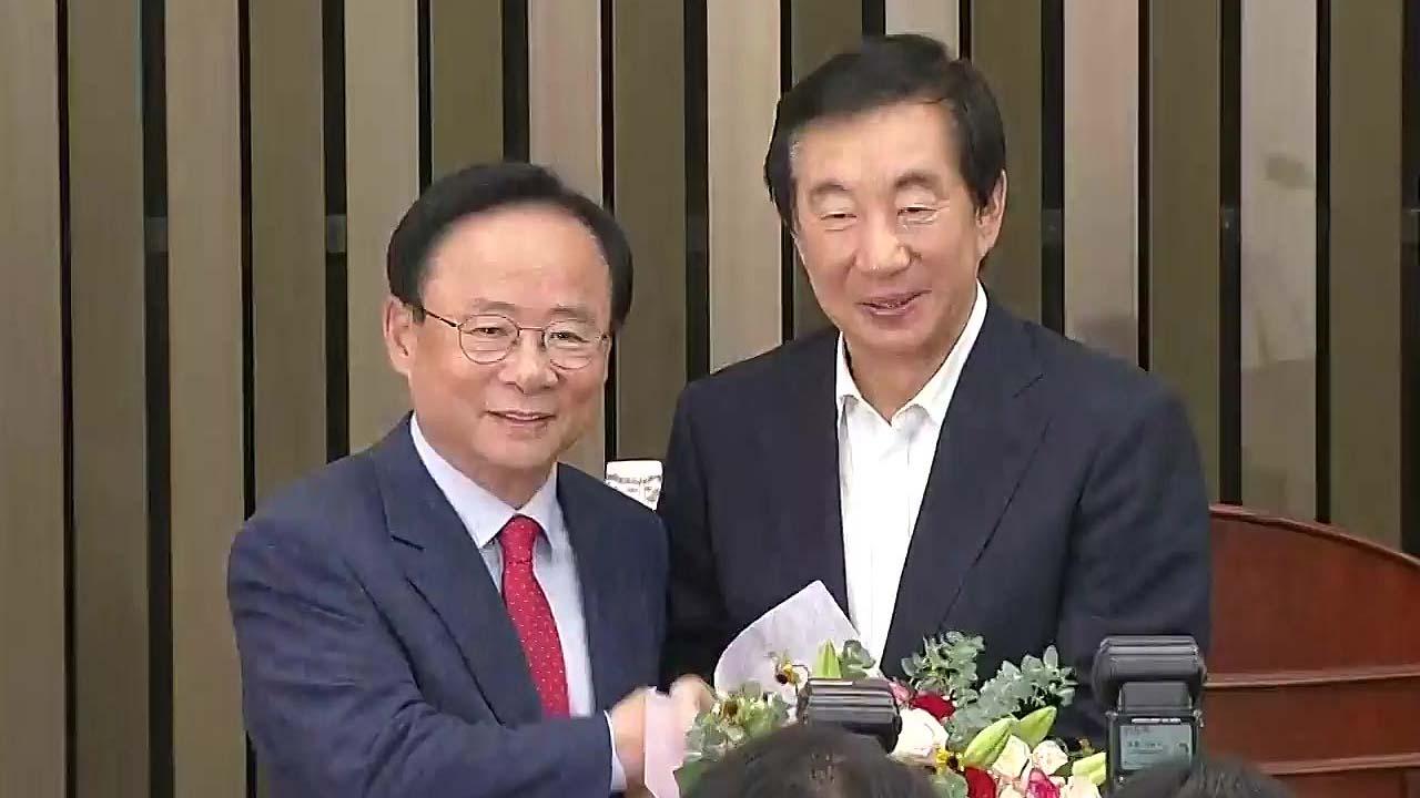 """한국당, 소방수 5명으로 압축...안철수 """"성찰 시간 가질 것"""""""