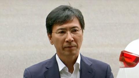 """안희정 재판 """"2차 피해 vs 방어권"""" 논란"""
