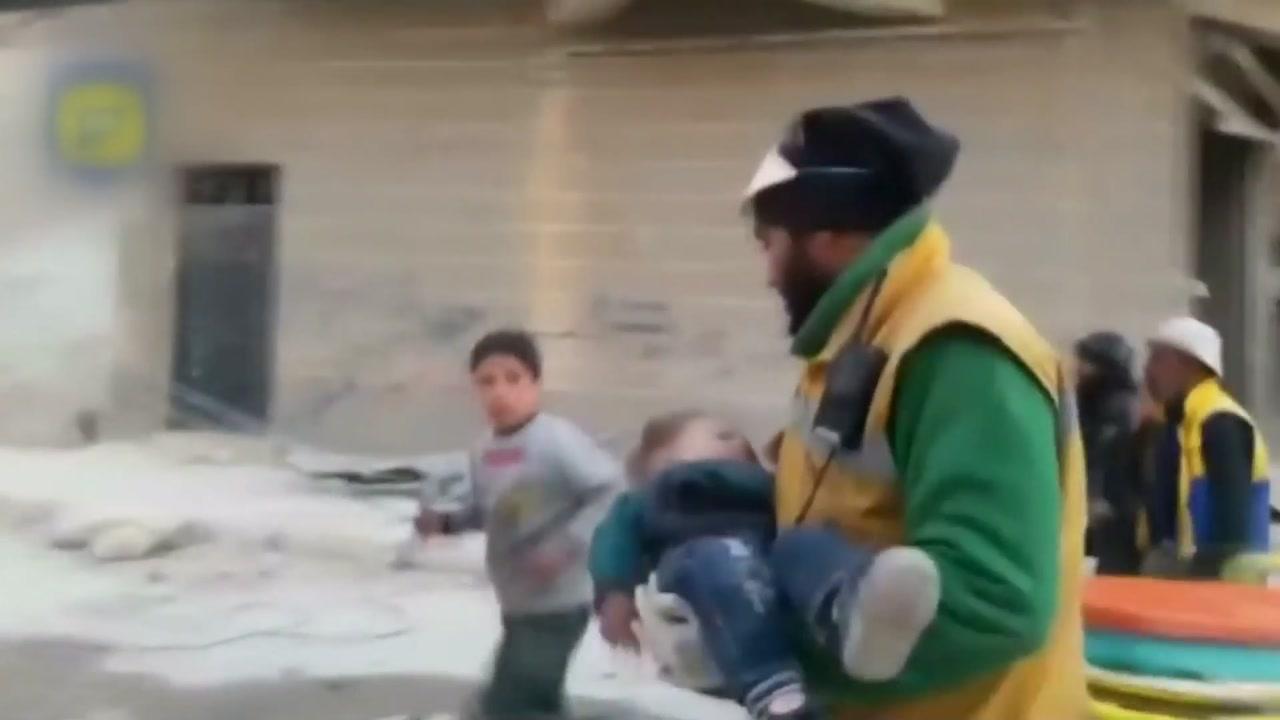 시리아 '하얀 헬멧' 구출에 속도...800여 명 요르단에 피신
