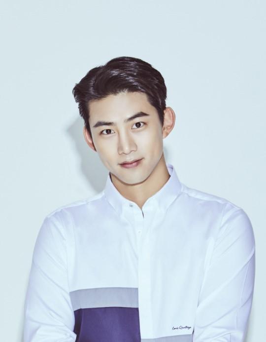 """옥택연, 51K엔터와 전속계약...""""2PM 활동은 JYP서 담당""""(공식)"""