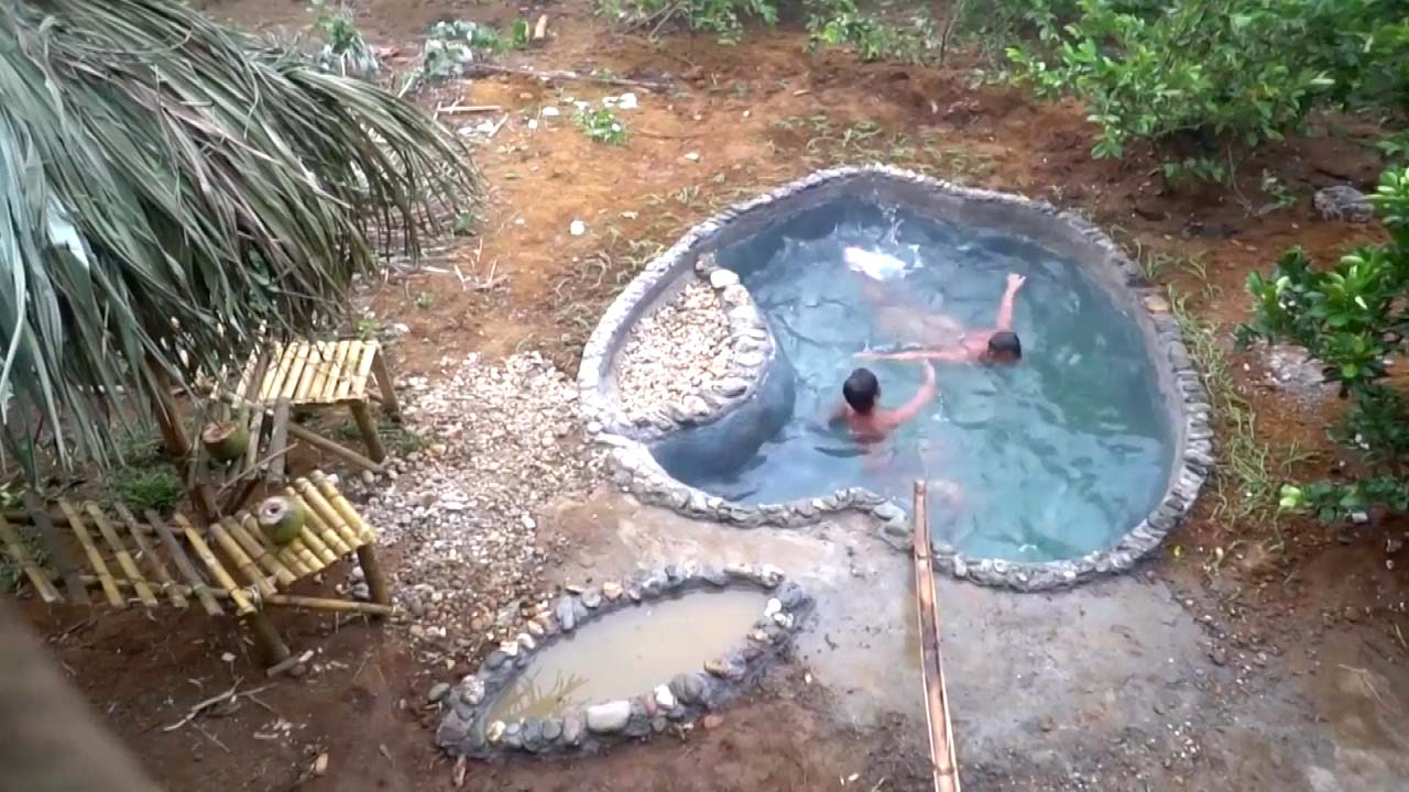 '나는 자연인이다'...수영장도 자급자족