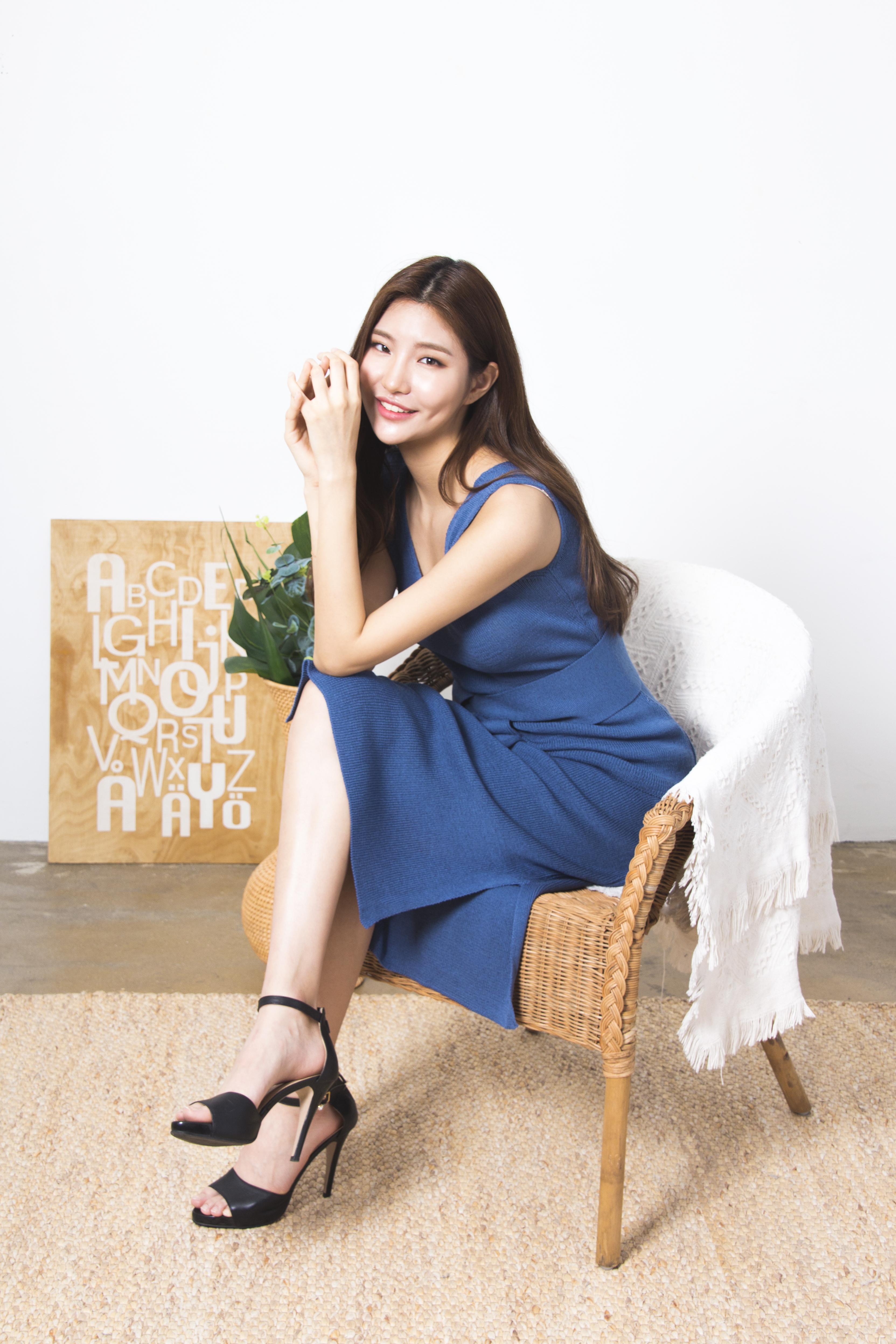신인 모델 서지연, 청량감 넘치는 화보로 '남심 저격'