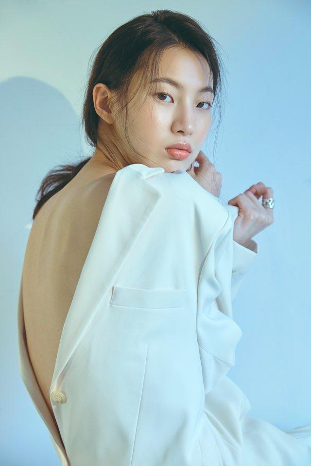 모델 김명진, 청초한 매력으로 '남심 저격'